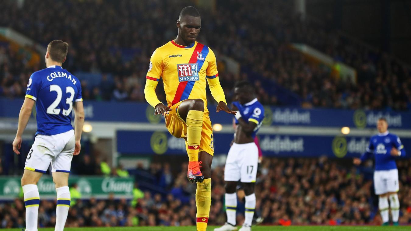 Everton v Crystal Palace - Premier League, Benteke goal cele, 300916