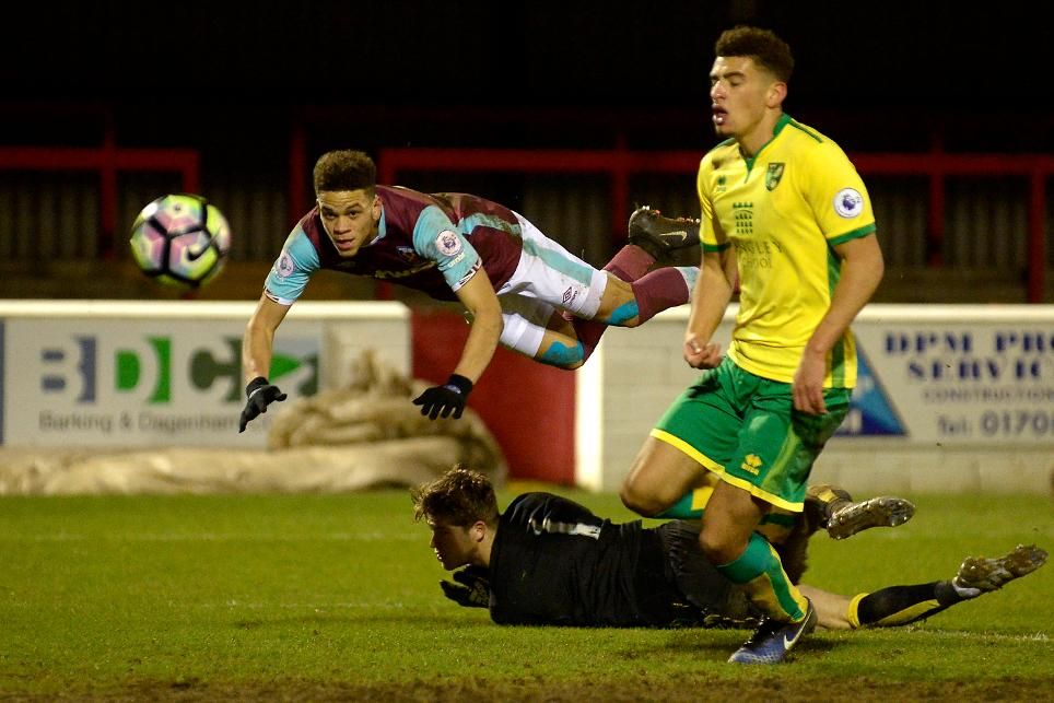 West Ham 2-1 Norwich, PL2