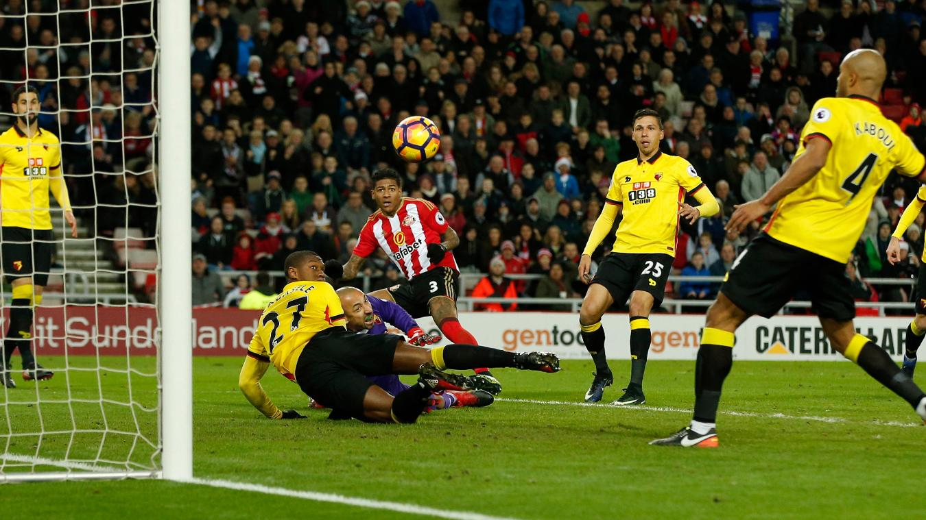 Sunderland's Patrick van Aanholt scores their first goal