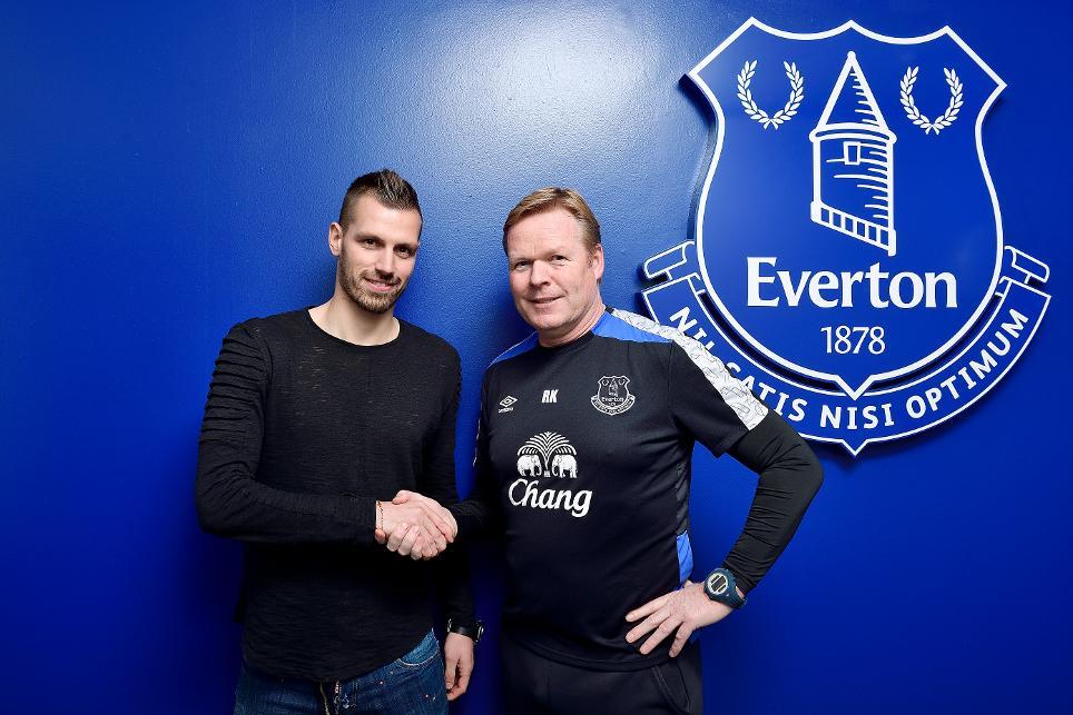 Morgan Schneiderlin (Everton)