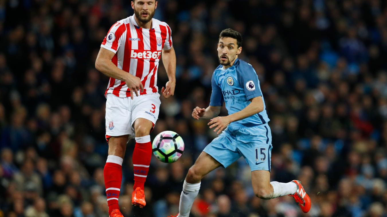 Erik Pieters in action against Jesus Navas