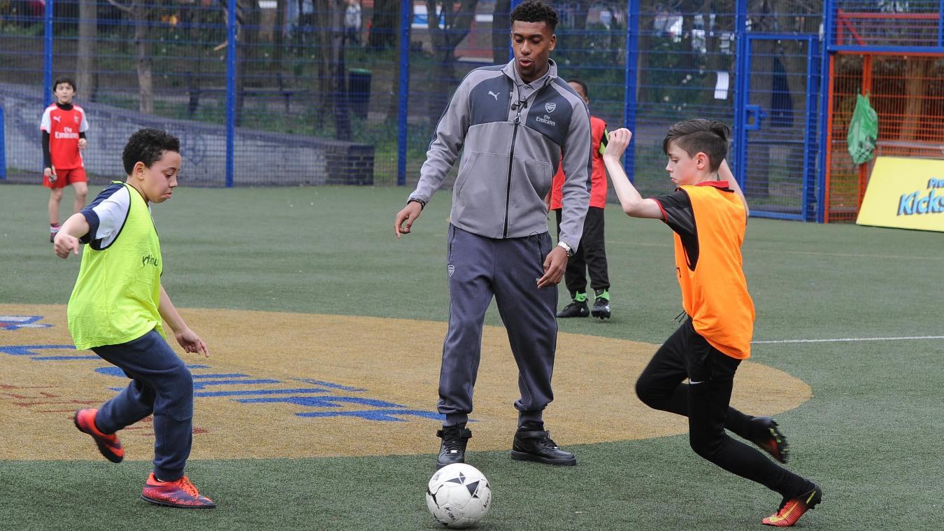 Alex Iwobi, Arsenal in the Community