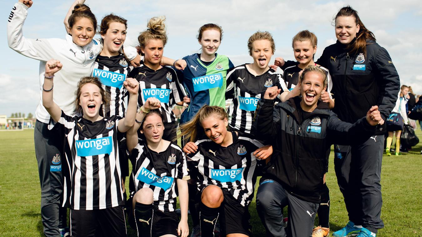 PL Kicks Cup 2015, Newcastle United celebrate