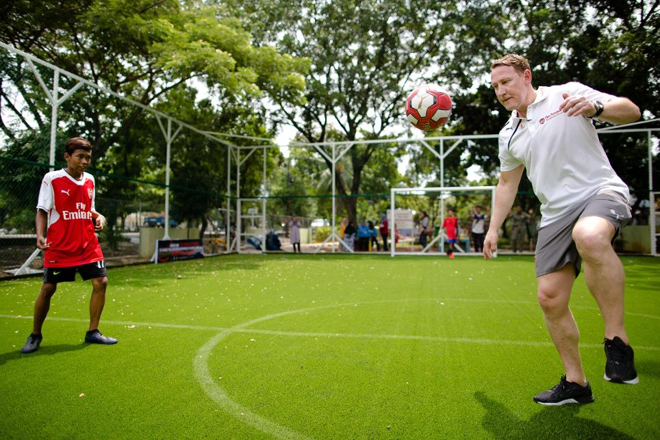 Ray Parlour, Arsenal Foundation and Save The Children