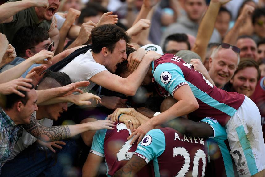 West Ham fans celebrate
