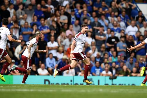 Chelsea 2-3 Burnley Highlights