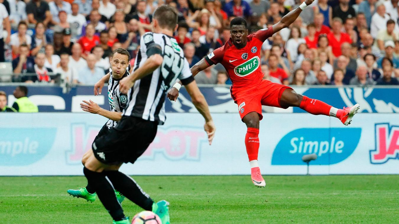 Serge Aurier in action for PSG