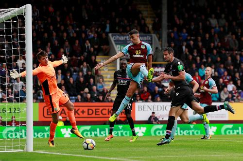 Image result for Burnley vs Crystal Palace