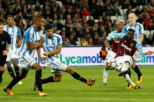 West Ham United vs Huddersfield Town