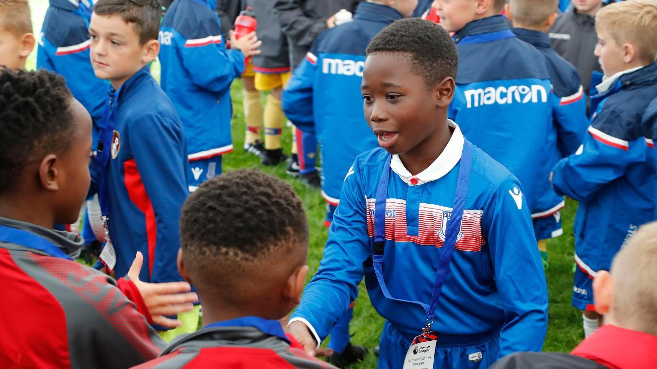Players meet at Premier League U9 Welcome Festival