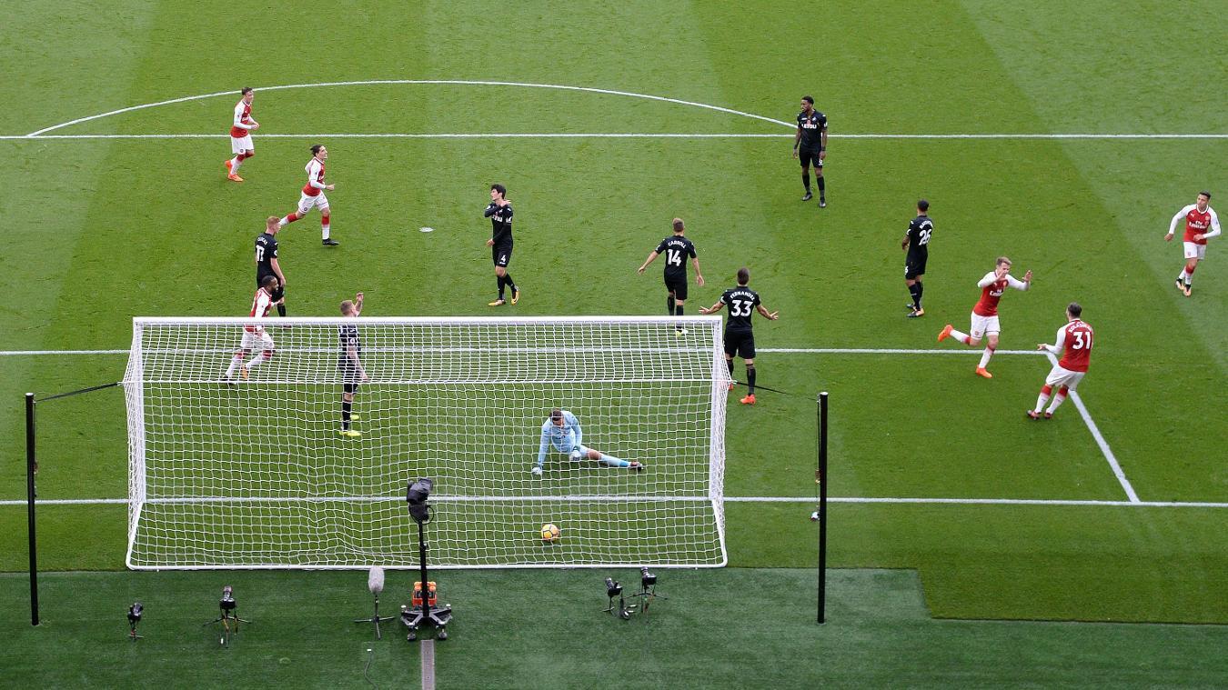 Arsenal 2-1 Swansea City