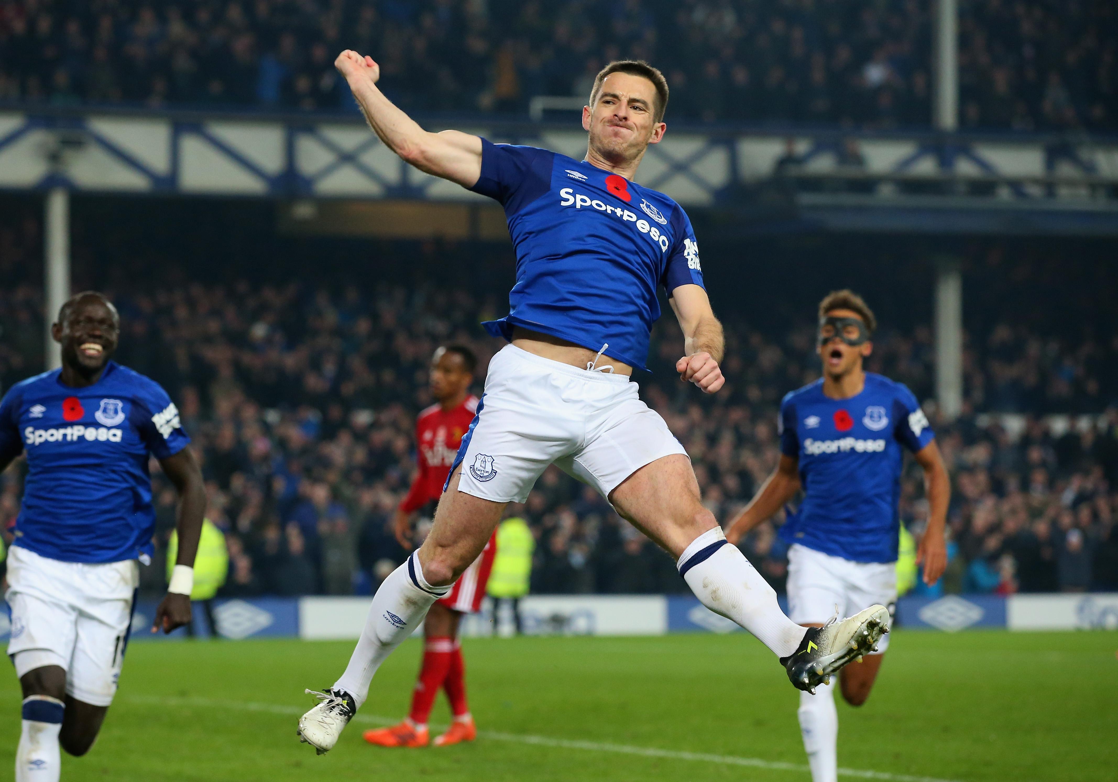 Baines seals dramatic comeback win for Everton