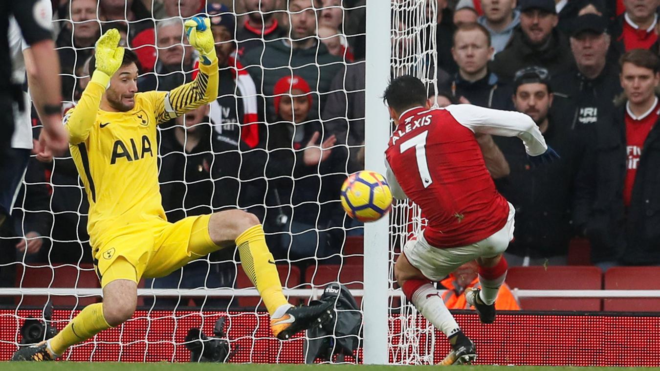 Alexis Sanchez doubles Arsenal's lead, firing past Hugo Lloris at close range