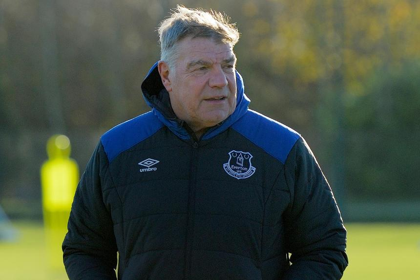 Sam Allardyce in Everton training