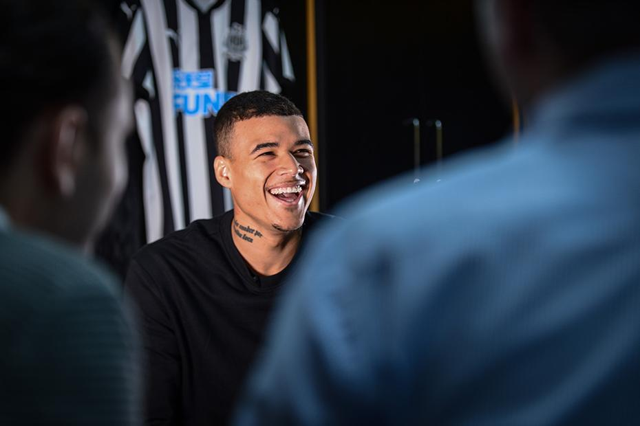 Kenedy signs for Newcastle United