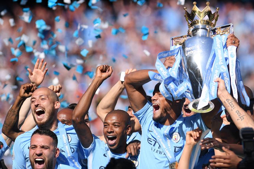 Man City trophy lift