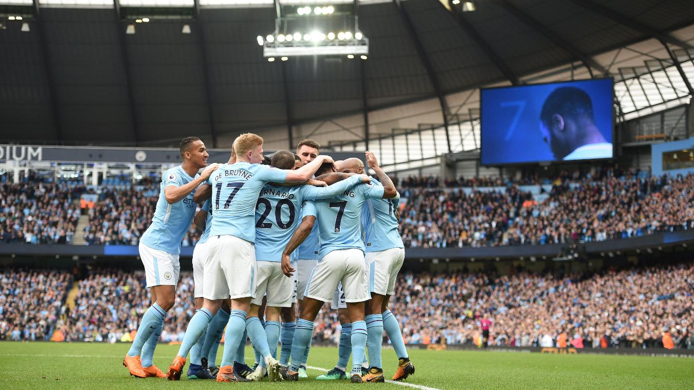 Man City smash records