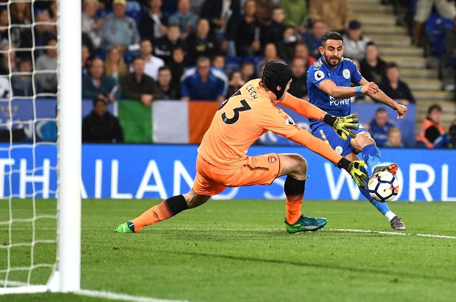 Riyad Mahrez, of Leicester City, and Petr Cech, of Arsenal