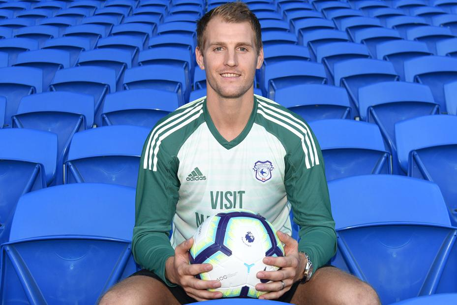 Goalkeeper Smithies Signs For Cardiff City