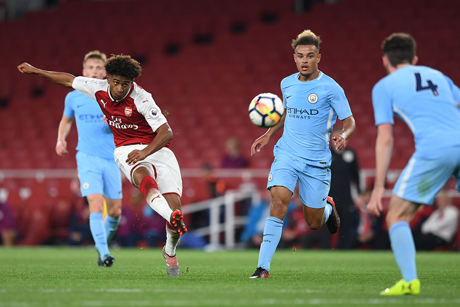 Arsenal's Reiss Nelson in PL2 action against Man City
