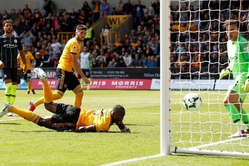 Wolverhampton Wanderers v Manchester City cdd90f860