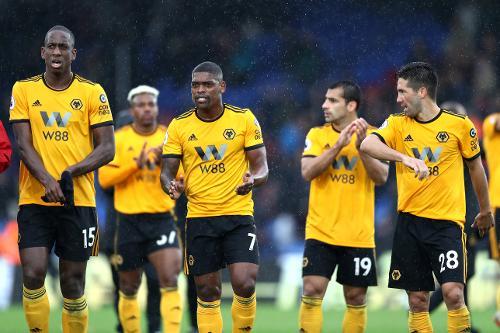 Crystal Palace v Wolverhampton Wanderers e49360b0e