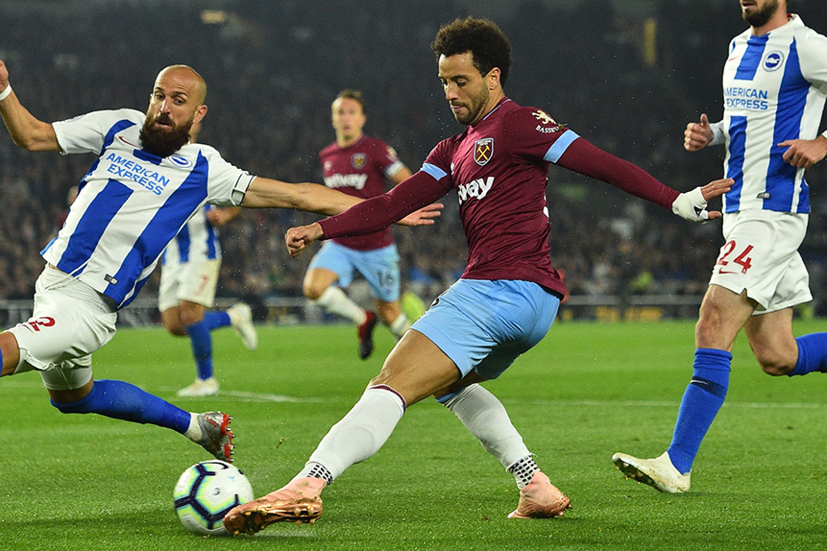West Ham's Felipe Anderson crosses the ball against Brighton