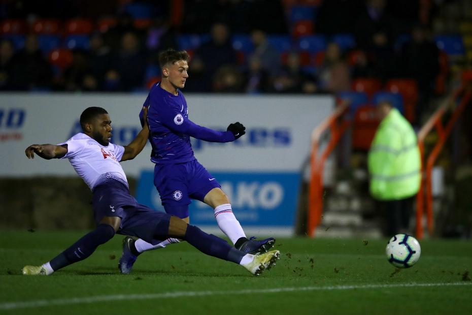 brown rescues late point for chelsea