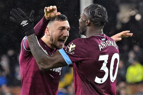 GW16 Lessons  West Ham value attracts managers · Robert Snodgrass 26e826331