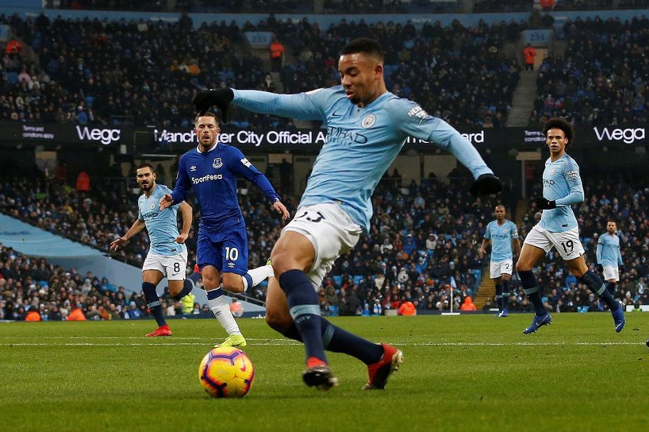 Gabriel Jesus goal v Everton