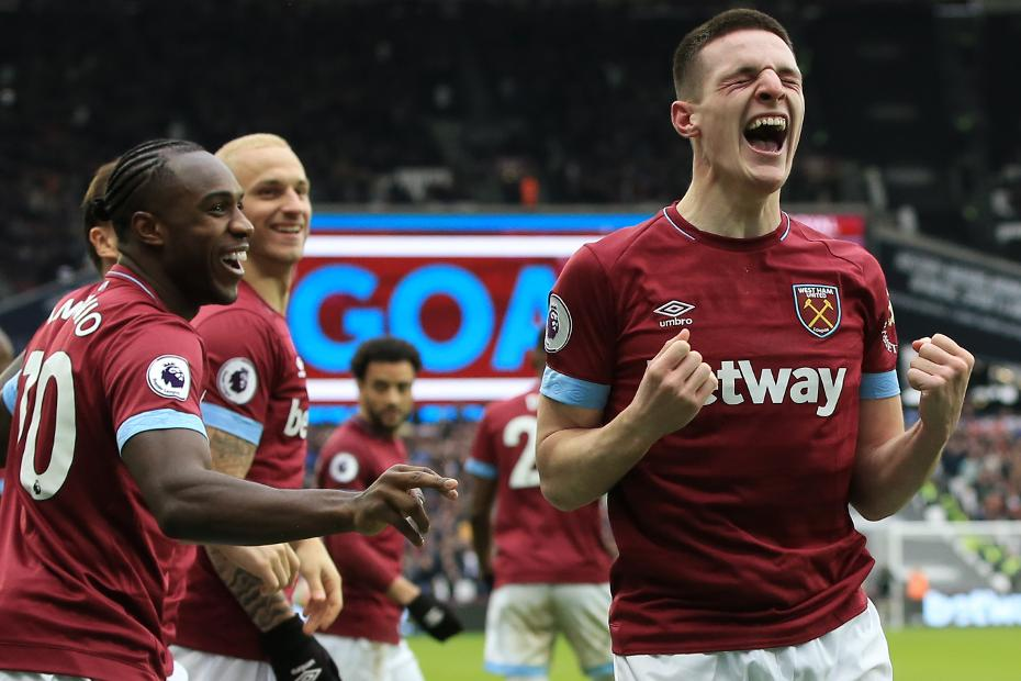 Declan Rice celebrates