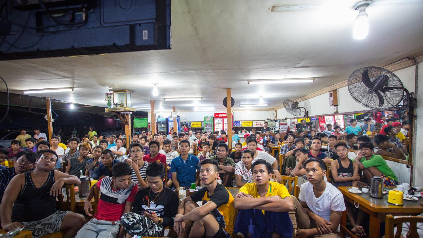 Myanmar fans watching the Premier League